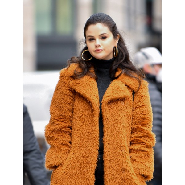 Selena Gomez Only Murders In The Building Fur Coat